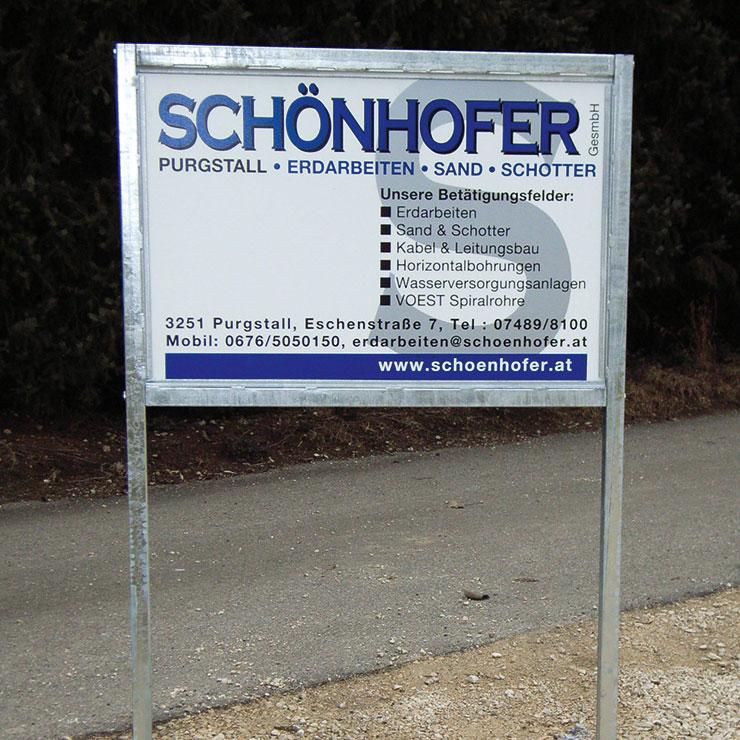 Bauwerbeschild aus Aluverbund mit Profirohrrahmengestell