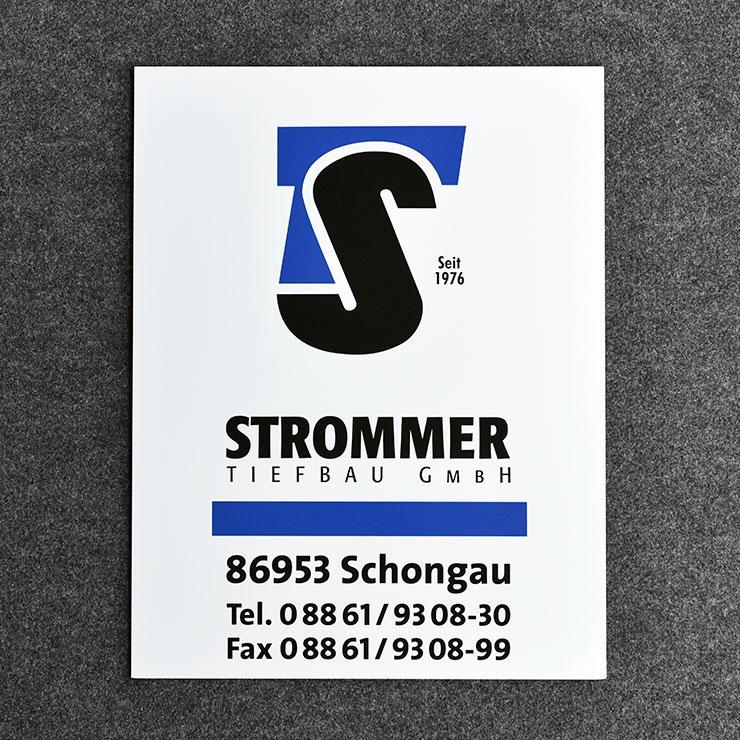 SIGNICOLOR - Farbaluminium weiß mit glatter Hochglanzoberfläche im Siebdruck bedruckt.