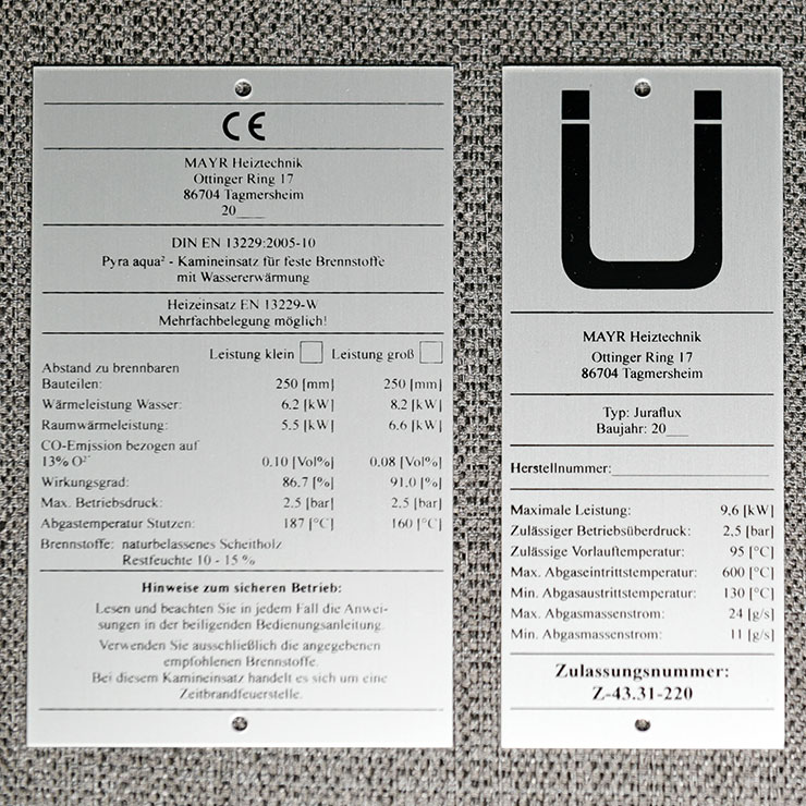 Maschinentypenschild aus Aluminium eloxiert mit einfarbigem Siebdruck.