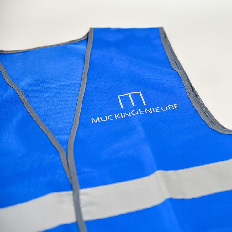 Warn- und Sicherheitswesten für Veranstaltungen und Baustellen mit reflektierendem Logo.